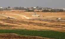 الاحتلال يعتقل غزيًا عبر الشريط الأمني