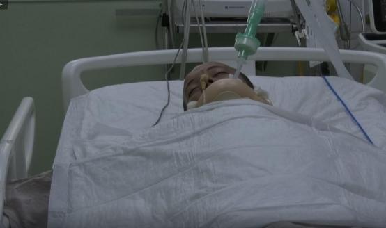الشاب أبو عرام...تصدّى لسطو مسلّح للاحتلال فأصيب بشلل تامّ