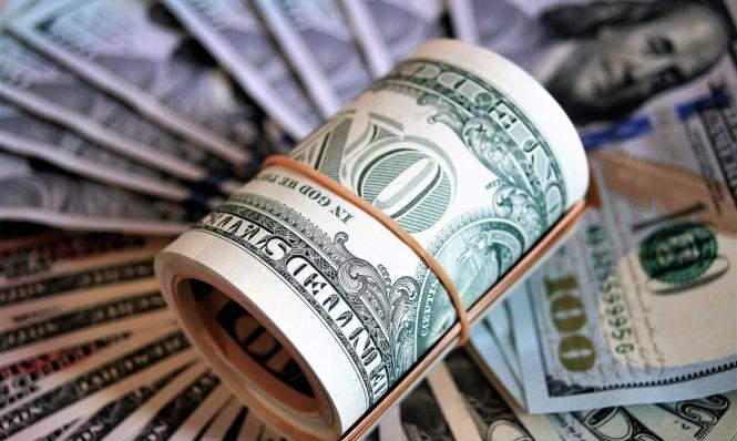 تراجع أسعار النفط الخام وارتفاع مؤشر الدولار