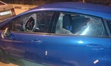 تصاعد إرهاب المستوطنين: إصابة طفل واستهداف منزلين بالزجاجات الحارقة