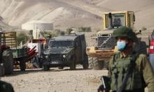 """نابلس: الاحتلال يحطم أبواب ونوافذ """"خان اللبن"""""""