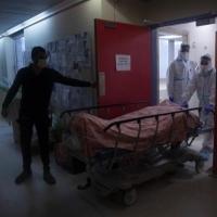 كورونا المجتمع العربي: ارتفاع كبير بالوفيات وانخفاض الإصابات الجديدة