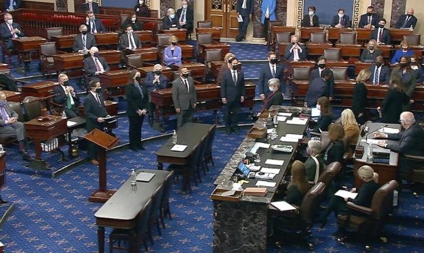 محاكمة ترامب: تقديم لائحة الاتهام لمجلس الشيوخ وبايدن يستبعد إدانته