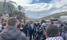 """عدالة لمندلبليت: """"امنع عنف الشرطة وقمع المظاهرات"""""""