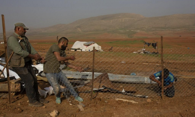 """الاحتلال يطرد الفلسطينيين من """"مناطق عسكرية"""" ويسمح للمستوطنين بالبناء فيها"""