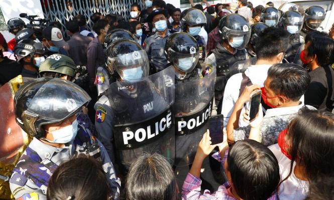 انقلاب ميانمار: العسكريون يشددون القمع والتظاهرات تتواصل