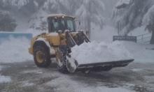 الثلوج تتراكم بكميات كبيرة على جبل الشيخ