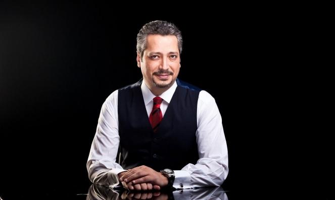 """مصر: إيقاف برنامج الإعلامي تامر أمين عقب """"إهانته الصعايدة"""""""