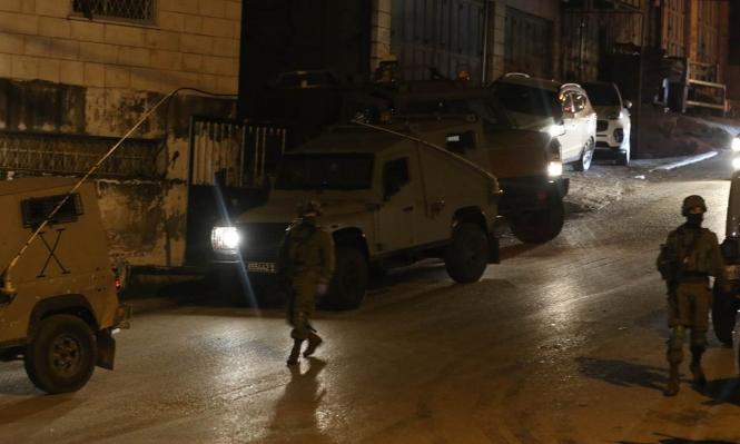 اعتقالات بالضفة وإصابات بمواجهات في نابلس والعيسوية