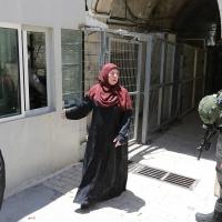 الاحتلال يمنع الأذان بالإبراهيمي... الخارجية الفلسطينية: دعوة لحرب دينيّة