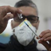 وزارة الصحّة: بالإمكان تطعيم من تعافى من كورونا