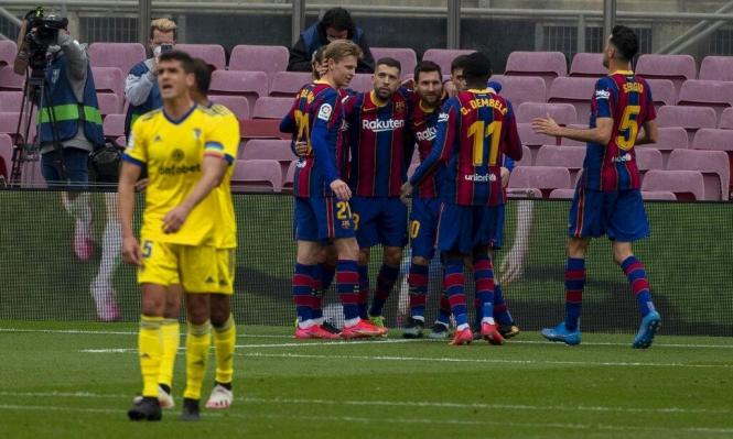 برشلونة يفقد 6 لاعبين أمام إشبيلية