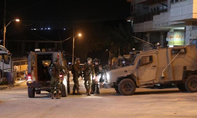 مستعربون يختطفون 4 شبان بالقدس واعتقال 20 فلسطينيا بالضفة