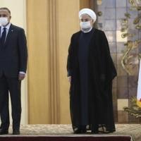 روحاني والكاظمي يدعوان إلى الهدوء في المنطقة