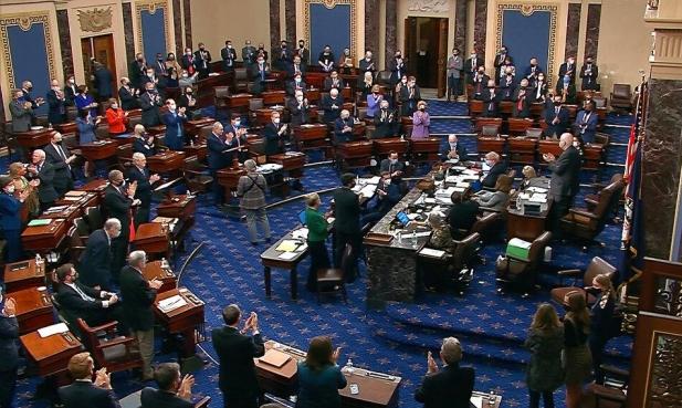 مجلس الشيوخ يقر خطة بايدن للإنقاذ بقيمة 1.9 تريليون دولار