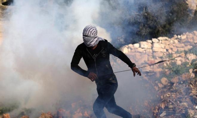إصابات من بينها بالرّصاص الحيّ خلال تفريق جيش الاحتلال مسيرات بالضفة