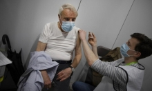 """لقاح """"أسترازينيكا"""" """"آمن وفعّال"""": فرنسا وإيطاليا تستأنفان التطعيم به"""