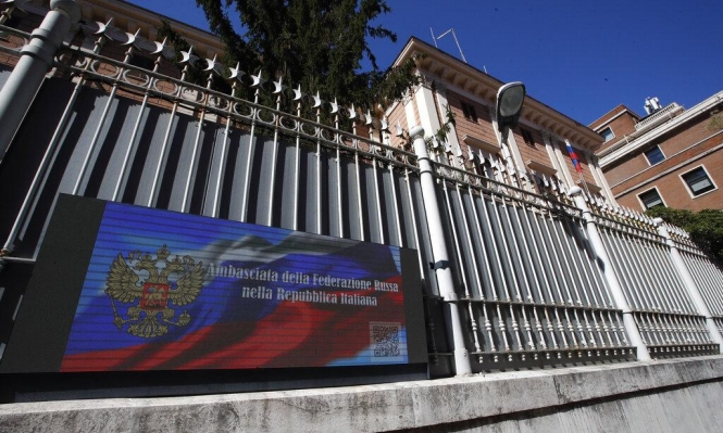إيطاليا: طرد دبلوماسيَين روسيَين إثر كشف قضيّة تجسس عسكريّ