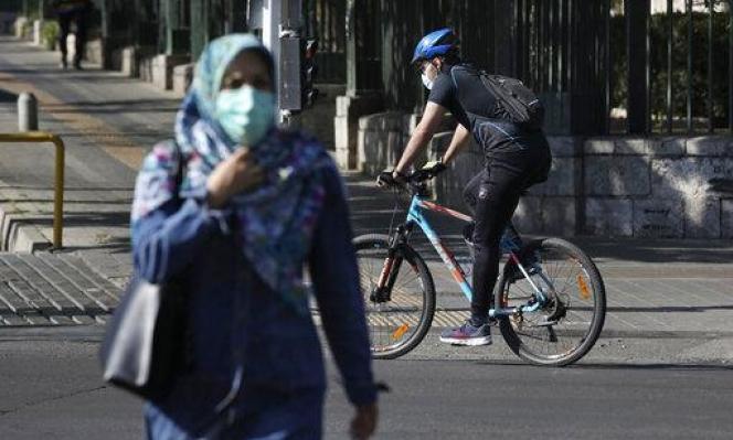 أكثر من 17 ألف إصابة بكورونا بإيران في حصيلة يوميّة قياسيّة