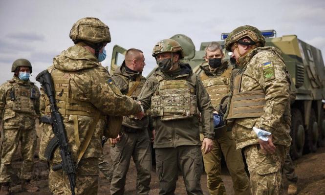 روسيا تحرك سفنا حربية للأطلسي وتجدد الاشتباكات بين أوكرانيا والانفصاليين
