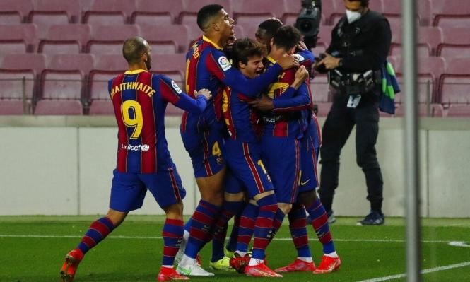 رابطة الليغا تحدد موعد مباراة برشلونة وأتلتيكو