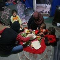 رمضان في المخيمات السورية.. من الصيام إلى الصيام