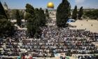 رغم قيود الاحتلال:70 ألف مصلٍّ بالأقصى في الجمعة الأولى من رمضان