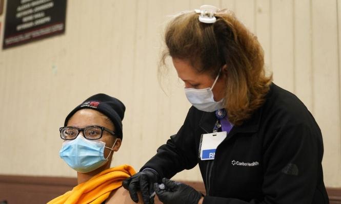 أميركا تسمح بالتطعيم ضد كورونا للجميع وأوروبا تخفف القيود