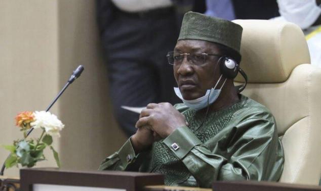 """وفاة الرئيس التشادي متأثرا بإصابته أثناء """"القتال على الجبهة"""""""