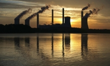"""الاتحاد الأوروبي يطلق """"الميثاق الأخضر"""" لخفض انبعاثات الغاز السامة بنسبة 55%"""