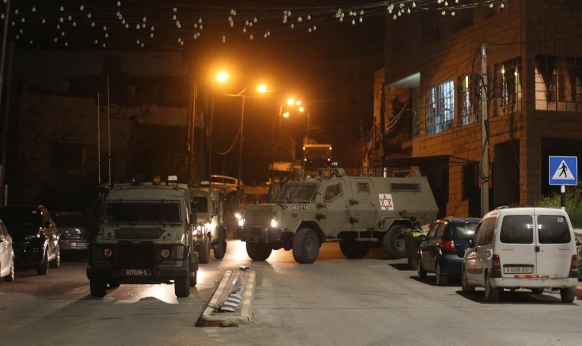 اعتقالات بالضفة والقدس طالت صحافيا وقياديا في حماس