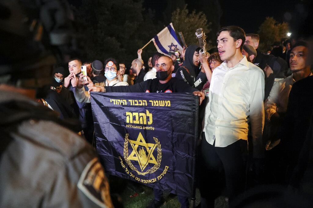 أكثر من مئة مصاب في مواجهات مع الاحتلال في القدس