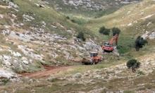 تمهيدا لإقامة بؤرة استيطانية: الاحتلال يجرف أراضي دير قديس ونعلين