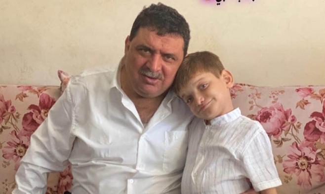 """تجاوز جديد بحقّ صحافيّ في غزّة: أبو العون احتُجِز """"حتّى وفاة ابنه الوحيد"""""""