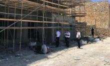 إصابة خطيرة لعامل من الضفة سقط من علو خلال عمله في كفار سابا