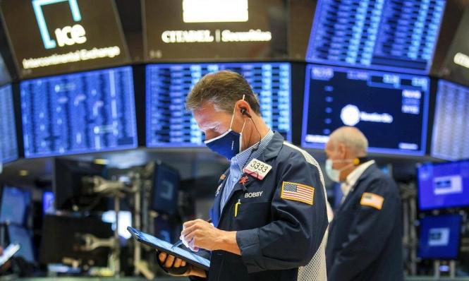 تقرير: قيود كورونا أنعشت بعض قطاعات التجارة الإلكترونية وأضعفت أخرى