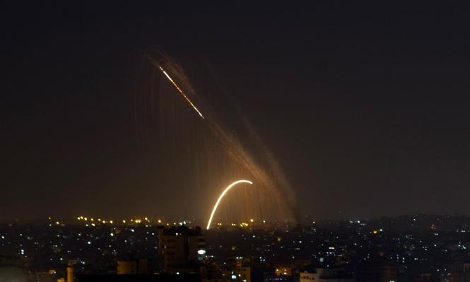 لليلة الثانية: عدوان على غزة وقذائف صاروخية باتجاه الجنوب