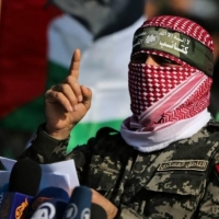 """القسام تكشف عن صاروخ """"A120"""".. أبو عبيدة للمقدسيين: """"المقاومة معكم"""""""