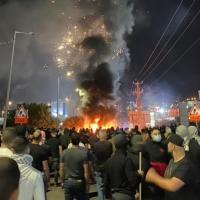 البلدات العربيّة تنتفض نصرة للقدس وغزّة: مصابون ومعتقلون خلال مواجهات