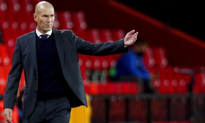 ريال مدريد يفكر بمدرب سابق لخلافة زيدان