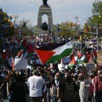 الشرطة الكنديّة تقمع مسيرة داعمة للفلسطينيين