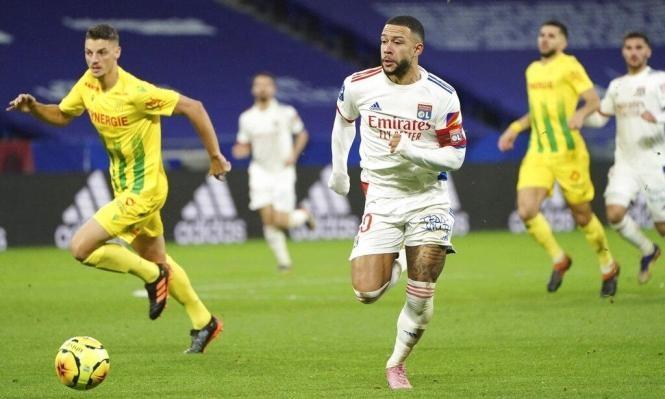ديباي يرحل عن ليون: هل ينتقل إلى برشلونة؟