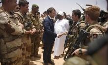 ماكرون يهدد بسحب العسكريين الفرنسيين من مالي