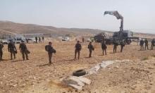 مستوطنون يستهدفون عين الحلوة والاحتلال يهدم 5 خيام بالخليل