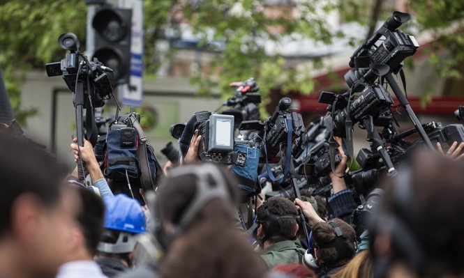 ملاحقة وعقوبات مشددة على الصحافيين في الجزائر والمغرب