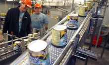 """Ben & Jerry's"" توقف بيع منتجاتها في المستوطنات.. بينيت: قرار لن ينجح وسنحاربه"