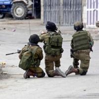 إصابة خطيرة لطفل فلسطيني برصاص الاحتلال شمالي الخليل