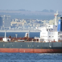 واشنطن ولندن تحملان إيران مسؤولية الهجوم على السفينة قبالة عُمان