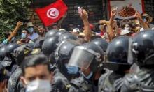 """شهادة صحافيّة زارت تونس: احتُجزت ومُنعت السؤال أمام رئيس """"تعهّد بحماية الحريّات"""""""