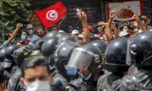تونس: مثقفون يرفضون الانقلاب وترقب لتعيين رئيس الحكومة